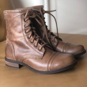 Steve Madden Ciomi Combat Boots - 7